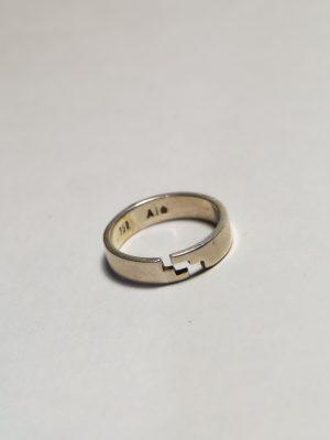 Escalera - anillo en plata 950