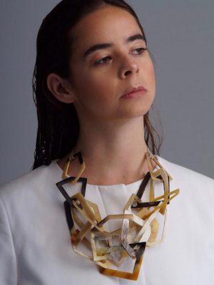 Arq - Collar de cacho de toro